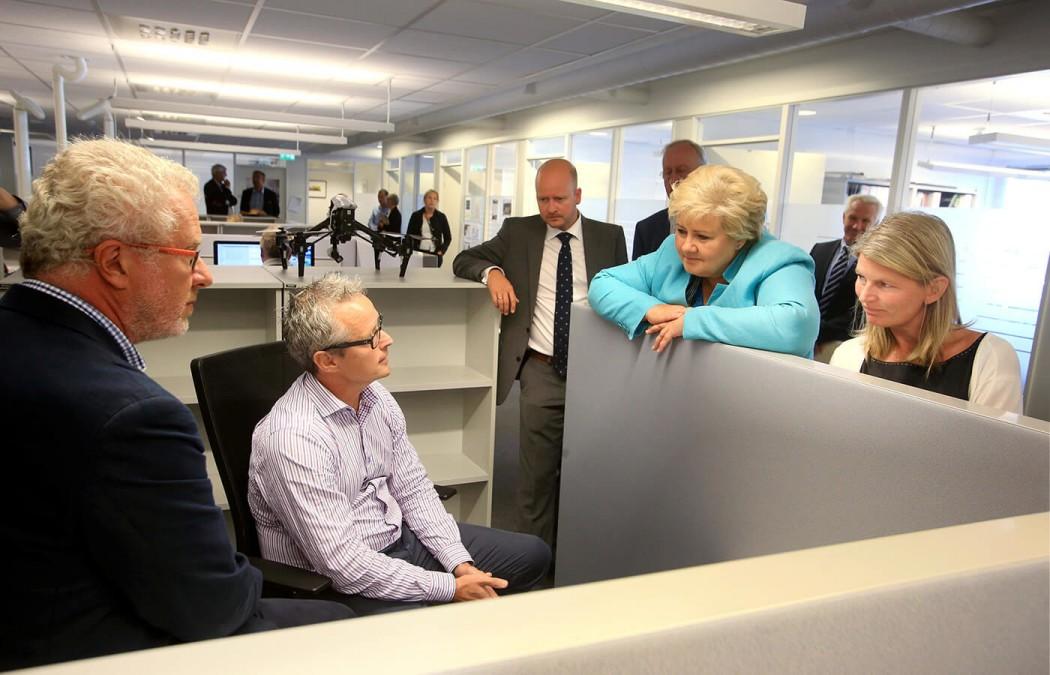 Statsminister Erna Solberg på besøk i Askershus Næringshage